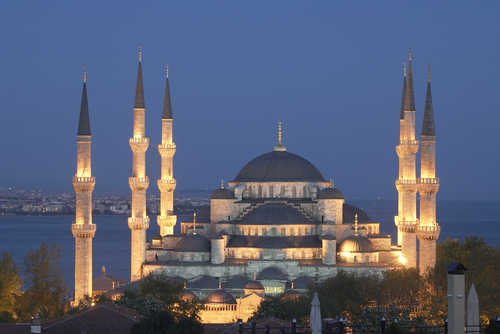 السلطان اسطانبول ..؟؟ Sultan-Ahmed-Mosque-