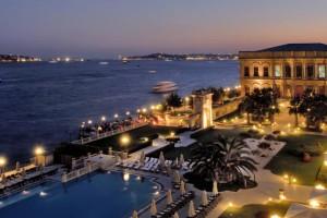 منظر لفندق تشيران اسطنبول مساء